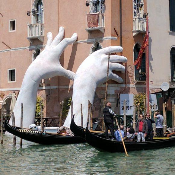 Lorenzo Quinn, Support Biennale di Venezia
